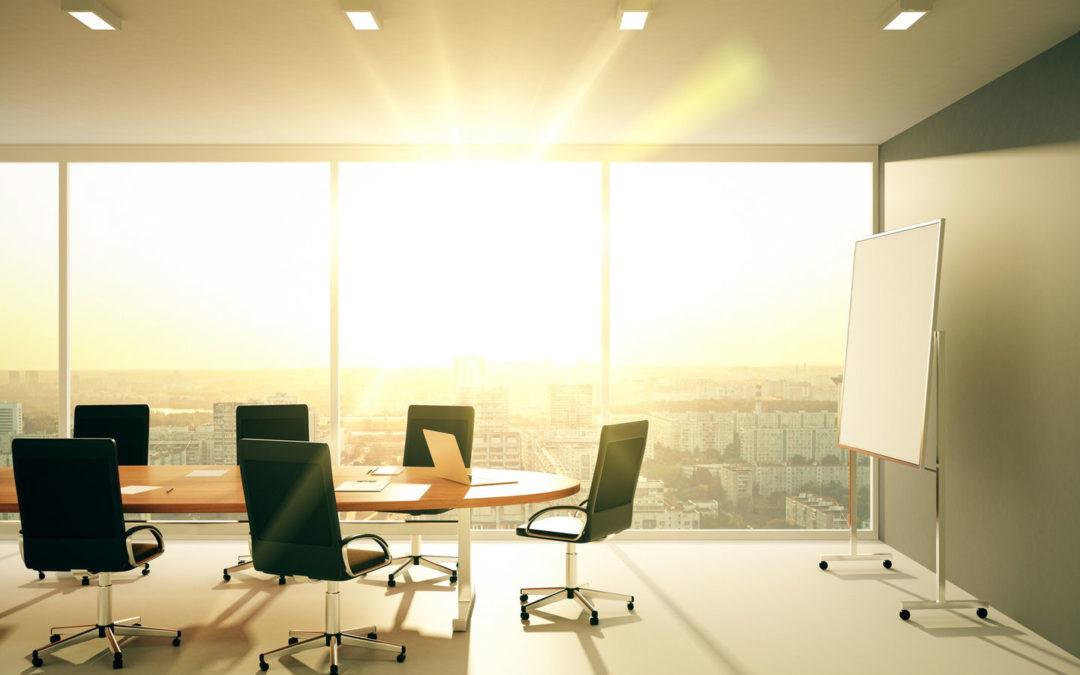 Illuminazione nei luoghi di lavoro: sei in regola?