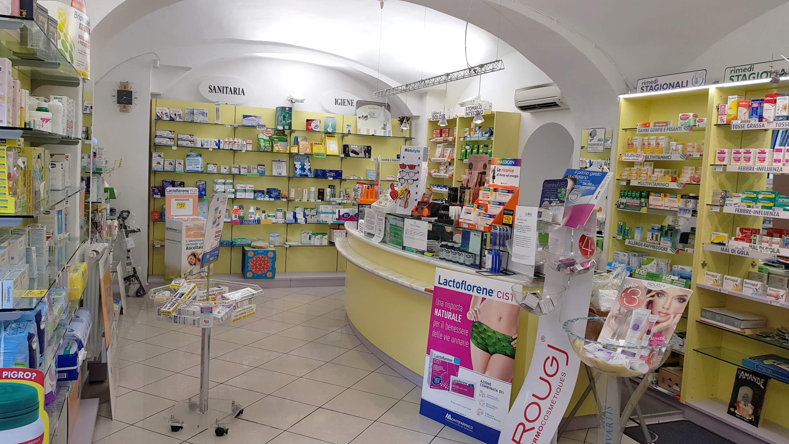 Farmacia-s-ugo-genova-1